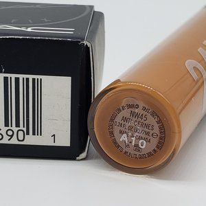 MAC Cosmetics Makeup - MAC NW45 Studio Fix 24 Hour Smooth Wear Concealer